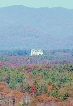 Biltmore House from the Blue Ridge Parkway near Asheville. More Biltmore photos: www.romanticasheville.com/Biltmore.html