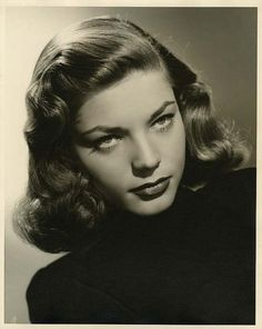 Lauren Bacall por el fotógrafo Bert Six. Las dos inferiores pertenecen al tiempo de Tener o no tener(1944).