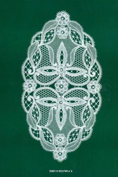 duchesse Lace Embroidery, Embroidery Designs, Fabric Stiffener, Romanian Lace, Bobbin Lacemaking, Lace Art, Point Lace, Lace Jewelry, Macrame Patterns