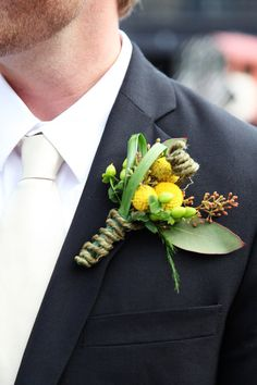 boutonniere omg this is exactly what i think stephen and his guys are getting, but with pink button flowers :)
