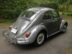 Learn more about No Bud Vase: Nicely Restored 1963 Volkswagen Beetle on Bring a Trailer, the home of the best vintage and classic cars online. Volkswagen Beetle Vintage, Beetle Car, Vw Volkswagen, Van Vw, Vw Vintage, Engin, Bmw Series, Vw Cars, Classic Cars Online