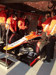 Max Chilton getting ready for his installation lap (Barcelona, 20/02/2013)