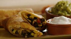 Southwestern Egg Rolls - My all-time favorite at Chili's.  This looks simple enough to give it a try at home.