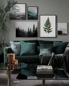Inspiration for beautiful living room picture wall with posters Desenio - Vardagsrum Diy Picture Wall Living Room, Living Room Pictures, Living Room Gallery Wall, Picture Walls, Wall Art Pictures, Living Room Murals, Living Room Interior, Art For Living Room, Living Room Decor Tree