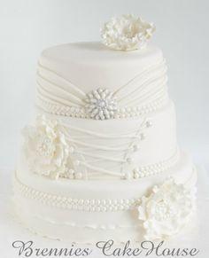 wedding cake - Cake by Brenda Bakker