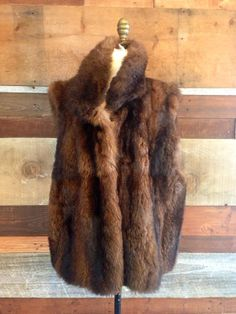GLAMOROUS 1980s Brown FOX Fur VEST by HousewifeVintage on Etsy, $175.00