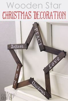 Make this pretty wooden star DIY Christmas decoration for your holiday mantle! It's so easy to make and looks so pretty when it's done! (Christmas Crafts With Popsicle Sticks) Diy Christmas Star, Diy Christmas Decorations, Christmas Crafts To Make, Simple Christmas, Holiday Crafts, Christmas Ornaments, Outdoor Christmas, Rustic Christmas, Christmas Lights