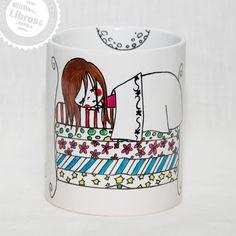 """Cuentos clásico + taza pintada a mano - Kit del Buen (peque)lector, para los que leen hasta en las tazas de desayuno. """"La princesa y el guisante"""", Ed. Laberinto."""