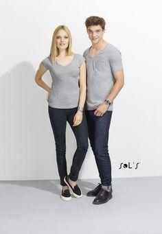 URID Merchandise -   T- SHIRT DECOTE EM V PARA HOMEM   7.997 http://uridmerchandise.com/loja/t-shirt-decote-em-v-para-homem/