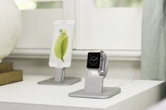 Twelve South HiRise for Apple Watch. stand your Apple Watch in a viewing position as you charge it. Best Apple Watch, Apple Watch Bands, Apple Watch Accessories, Tech Accessories, Charger Holder, Brushed Metal, Metal Bands, Digital Watch, Quartz Watch