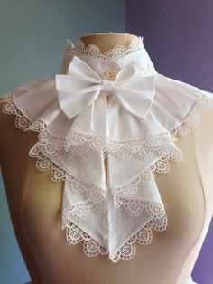 Victorian or Edwardian high necked lace bib over piece [Cosplay sewing patterns and historical costume sewing patterns. Make bodysuits, corsets, capes, gowns, tunics and more for cosplay costumes. Cosplay events listing and cosplay tutorials. Estilo Lolita, Vintage Outfits, Vintage Fashion, Lolita Mode, Vintage Mode, Lace Collar, Collar Choker, Collar Top, Lolita Fashion