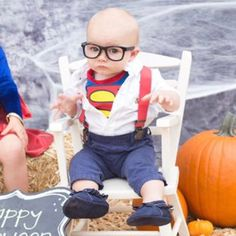 Need a super easy and adorable boys costume? How about Clark Kent! Red Suspenders from www. Baby Clark Kent costume, toddler, little boy, super man costume, boys Halloween costume Boy Halloween Costumes, Boy Costumes, Baby Halloween, Halloween Goodies, Family Costumes, Halloween 2017, Family Halloween, Toddler Boy Fashion, Little Boy Fashion