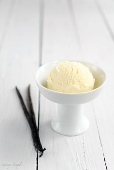 Vanilla Milk Gelato is creamy, dense, and packed with vanilla flavor. It's the perfect sweet treat for ice cream lovers! Learn how to make this easy gelato recipe in no time. Get the recipe from Savory Simple. Vanilla Milk, Vanilla Bean Ice Cream, Love Ice Cream, Ice Cream Maker, Vanilla Beans, Frozen Desserts, Frozen Treats, E Juice Recipe, Italian Pastries