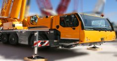(C6) Licence to operate a slewing crane (up to 60 tonnes). This program runs for 6 days and costs $1900.00. Call us on 029645 2112 or visit us at www.sctschool.com.au for more info.