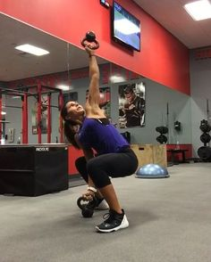 """Alexia Clark on Instagram: """"I  kettlebells! This circuit is going to kill your core! 45 seconds on each with 15 seconds rest, 4 ROUNDS! Make sure you keep a tight…"""""""