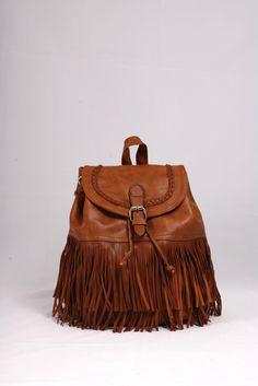 Σακίδιο πλάτης καφέ ανοιχτό με κρόσσια και διακοσμητική πλεξούδα. ΚΩΔ.: 117.021 ΤΗΛ: 2510241726 Bucket Bag, Bags, Fashion, Handbags, Moda, Fashion Styles, Fashion Illustrations, Bag, Totes