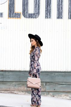 Floral jumpsuits and nude satchels - the latest on stilettobeats.com