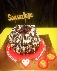 Sonzuzluğa Uzanan Aşkın Yaş Pastası - Melek Anne Pasta
