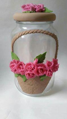 Cute Polymer Clay, Polymer Clay Crafts, Handmade Polymer Clay, Clay Jar, Clay Mugs, Decorated Wine Glasses, Decorated Jars, Wine Bottle Crafts, Bottle Art