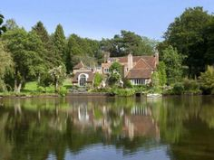Tickerage Mill - The home of actress Vivien Leigh. The property dates back to the century & is located in Uckfield, East Sussex England Vivien Leigh, East Sussex, Beautiful Buildings, Beautiful Homes, Country Homes For Sale, Country Houses, Thing 1, Country Estate, Celebrity Houses