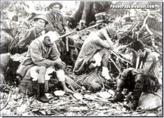Chinese troops defeat the Japanese in Changde China and capture their military eq. World War One, First World, Bataille De Verdun, Spanish War, Ww1 Photos, Ebro, Ww2 History, Staff Sergeant, Vietnam Veterans Memorial