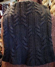 Free Pattern: City Creek Cowl by Susan Lawrence.