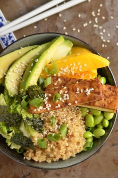 Everything is better with quinoa, including sushi! Try this Quinoa Sushi Bowl with Baked Tofu for a delicious meal.