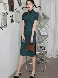 Green Dots Linen Midi Qipao / Cheongsam Dress Custom Made Clothing, Cheongsam Dress, Green Dot, Floral Chiffon, Mandarin Collar, Dress P, Dots, Short Sleeve Dresses, Casual