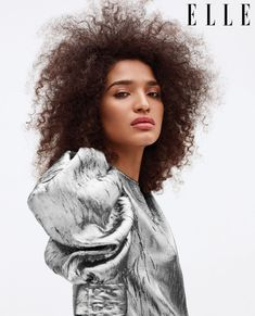 Indya Moore wears Louis Vuitton as she graces the June 2019 cover of ELLE US. Lensed by Zoey Grossman, the 'Pose' star becomes the first transgender woman to cover the magazine,FASHION,CELEBRITY Transgender Model, Elle Us, Valentino Dress, Genderqueer, Img Models, Elle Magazine, Michael Kors Collection, Natural Makeup, Fashion Photography