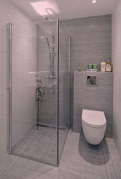 Wet Rooms, Bathroom Designs, Toilet, Bathtub, Room Decor, Closet, Home, Full Bath, Standing Bath