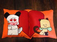 Cuscino realizzato a mano in pannolenci e feltro