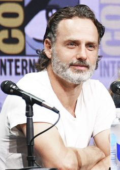 Richonne - I will always love them. Andrew Lincoln, Love Actually 2003, Ricky Dicky, Bbc Drama, Thanks For The Memories, Star Wars, Fear The Walking Dead, Stuff And Thangs, Family Album