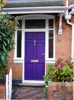 12 Purple Front Door Designs To Inspire |  www.shelterness.com #9