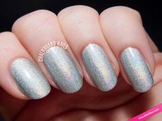 Manicura de uñas con esmalte de purpurina plateada. #Nails #Purpurina #NailsArt #Instanails