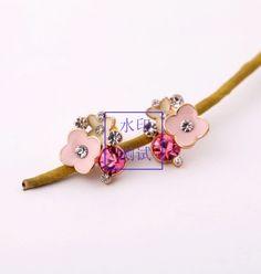 Fashion Necklace, Fashion Jewelry, Women Jewelry, Statement Earrings, Women's Earrings, Ceramic Flowers, Hair Accessories, Fashion Design