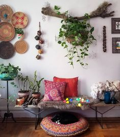 The Effective Pictures We Offer You About hippie home decor thrift stores A quality picture can tell Decor, Hippie Home Decor, Foyer Decor, Foyer Decorating, Chic Home Decor, Eclectic Decor, Home Decor, Room Decor, Apartment Decor