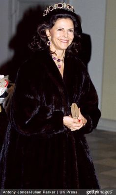 Queen Silvia wore this tiara for the pre-wedding dinner of Prince Joachim of Denmark on November 17, 1995.