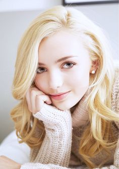 An adorable picture of Peyton List