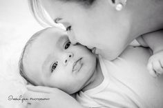 3 month old baby photo ideas by InesLynn Photography in Miami, FL. Baby photo ideas. Kids photo ideas. Mommy and baby photo ideas. Lifestyle photography. Follow me on Facebook.