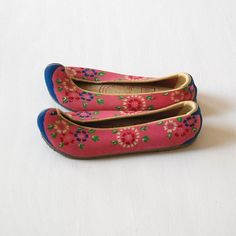 Vintage Korean Childrens Shoes by BrickFarmhouse on Etsy, $32.00