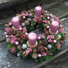 Rose Gold Christmas Decorations, Christmas Advent Wreath, Xmas Wreaths, Christmas Mantels, Christmas Centerpieces, Xmas Decorations, Christmas Crafts, Holiday Decor, Christmas Tree