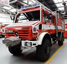 cas24 mercedes benz mercedesbenz unimog unimog5000 hzs hasici jesenik hzsolomouckehokraje cisternovaautomobilovastrikacka thtpolicka cas olomouckykraj