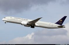 Boeing 787-9 Dreamliner aircraft picture - Saudia
