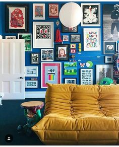 Gallery wall pops on blue wall color 2019 Gallery wall pops on blue wall color The post Gallery wall pops on blue wall color 2019 appeared first on Sofa ideas. My Living Room, Home And Living, Living Spaces, Mustard Walls, Mustard Sofa, Interior Exterior, Interior Design, Blue Wall Colors, Inspiration Wall