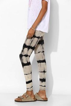 Great DIY dyeing inspiration: Staring At Stars Tie-Dye Stripe Legging from Urban Outfitters