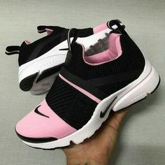 Nike Sneakers Women New . Nike Sneakers Women New . Women's Shoes, Cute Shoes, Me Too Shoes, Shoe Boots, Shoes Style, Pink Nike Shoes, Golf Shoes, Shoes Sport, Prom Shoes