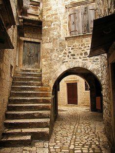 Trogir, Croatia.   Trogir (Italian Traù, Latin Tragurium, Greek Tragurion, Hungarian Tengérfehérvár) is a historic town and harbour on the Adriatic coast in Split-Dalmatia county, Croatia.