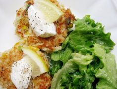 Healthy Crab And Corn Cakes Recipe - http://healthyrecipesideas.com/healthy-crab-and-corn-cakes-recipe/