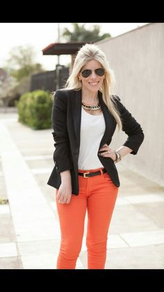 Calça laranja terno Business Casual Outfits For Work, Office Outfits, Spring Work Outfits, Fall Outfits, Classy Outfits, Chic Outfits, Orange Pants Outfit, Pantalon Orange, Look Formal