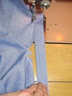 One-strip sleeve placket